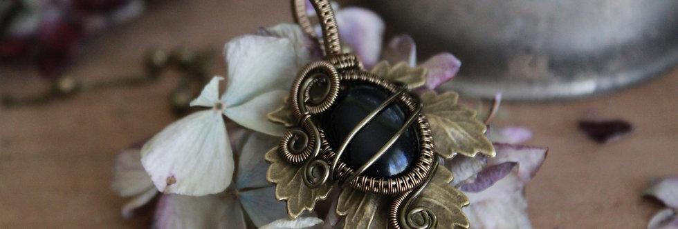 ~Athélas~ Pendentif Feuille Bronze et wire Bronze en Onyx Noir