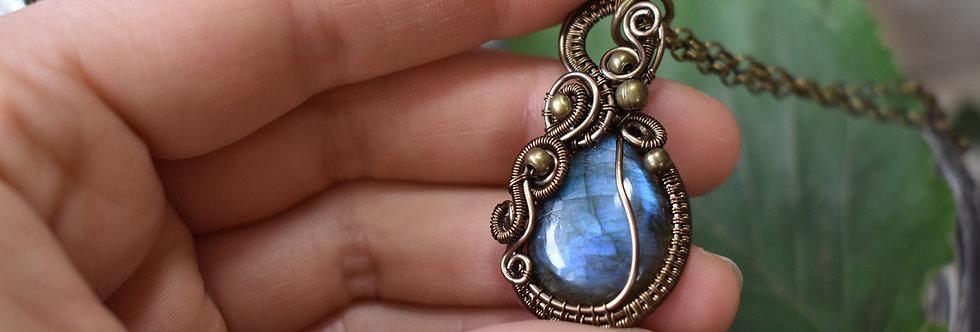 ~Elixir de Bleuet~ Collier wire bronze en Labradorite bleue forme goutte