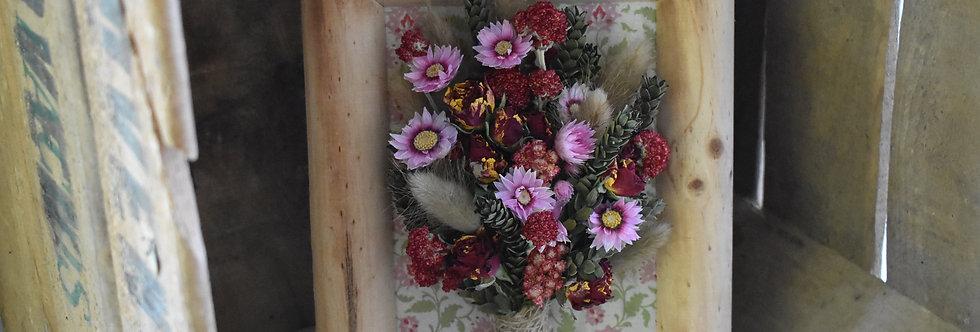 ~Nostalgie~ Cadre décoratif en bois et fleurs séchées Rouge, Rose, Crème