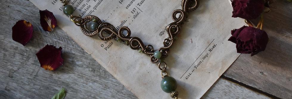 ~Odyssée ~ Collier wire bronze et perles d'agate vert