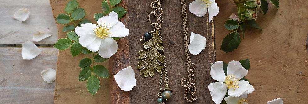~Mirdan ~ Marque-pages wire Bronze Feuille de chêne et Perles d'agate verte