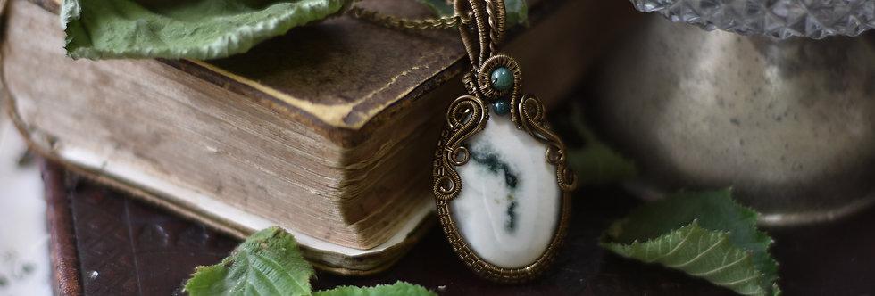 ~Le Druide~ Collier wire bronze en Quartz Solaire et perles d'agate verte