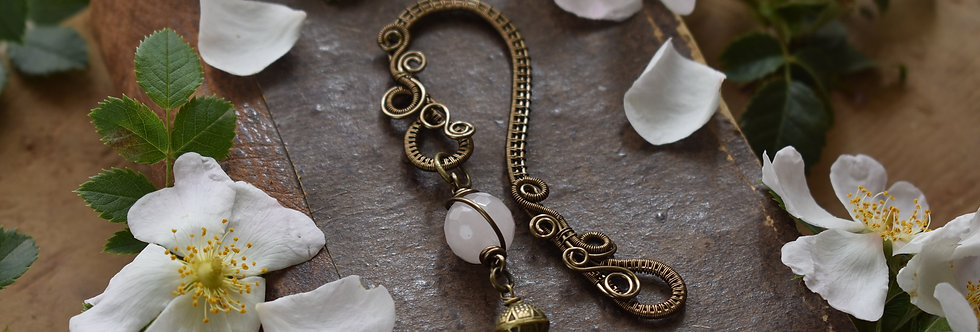 ~Little Mirdan ~ Marque-pages wire Bronze et perles  Quartz rose