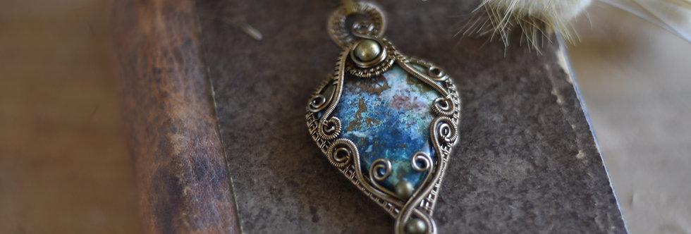 ~Lagon~ Collier wire bronze en Azurite
