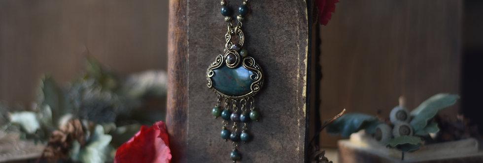 ~Oxalis~ Collier wire bronze en Héliotrope et perles d'agate