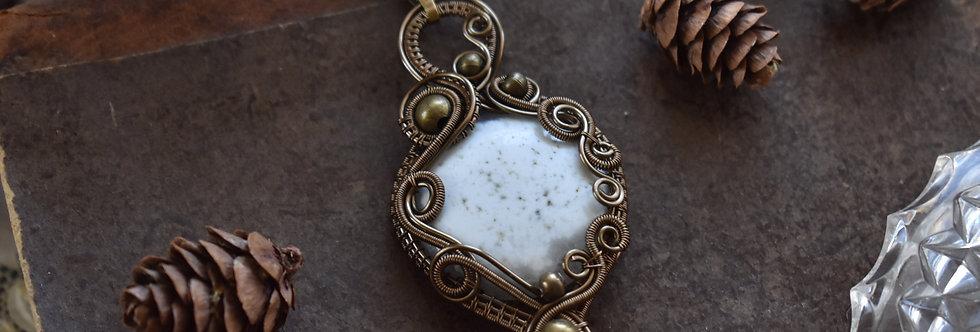 ~Céphalanthère~ Collier wire bronze en Quartz Solaire