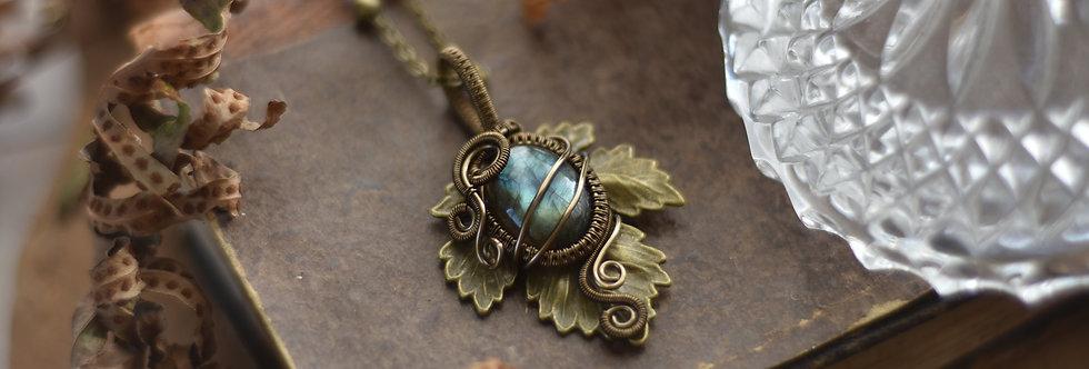 ~Athélas~ Pendentif Feuille Bronze et wire  Bronze en Labradorite bleu-vert