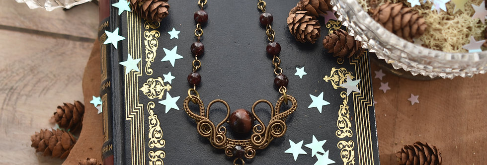 ~Fleurs d'Iris~ Collier wire bronze et perle d'Oeil de taureau et Grenat