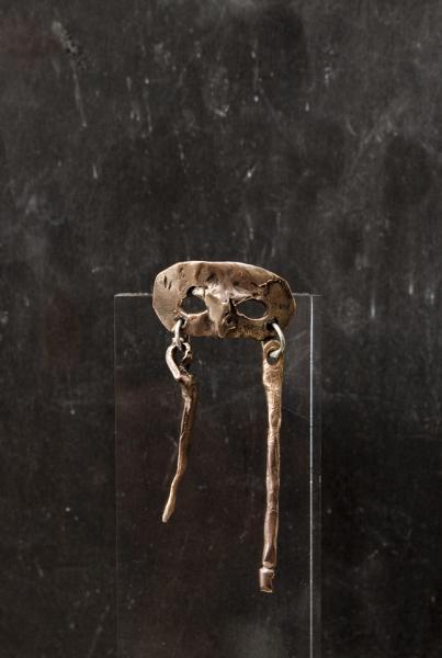 Arlecchino, Anello in bronzo