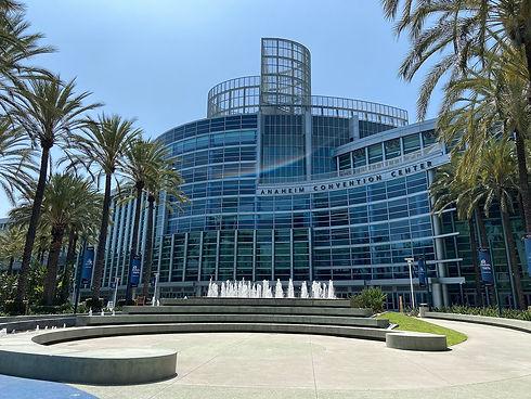 Anaheim_convention_center_2021.jpeg