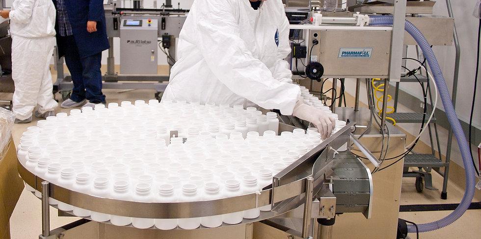 Thomas_Labs_manufacturing_employees_edit