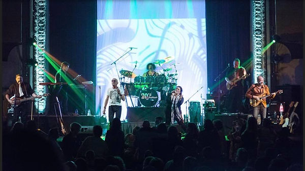 70s Flashback performed to a sold out crowd at the Mauch Chunk opera House