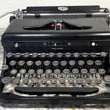1939 Royal O - Pica - $155