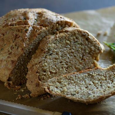 خبز الصودا السريع بحشوتين