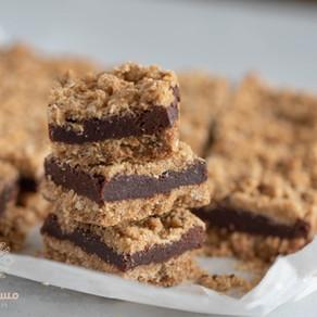 مربعات الشوفان بالشوكولاته