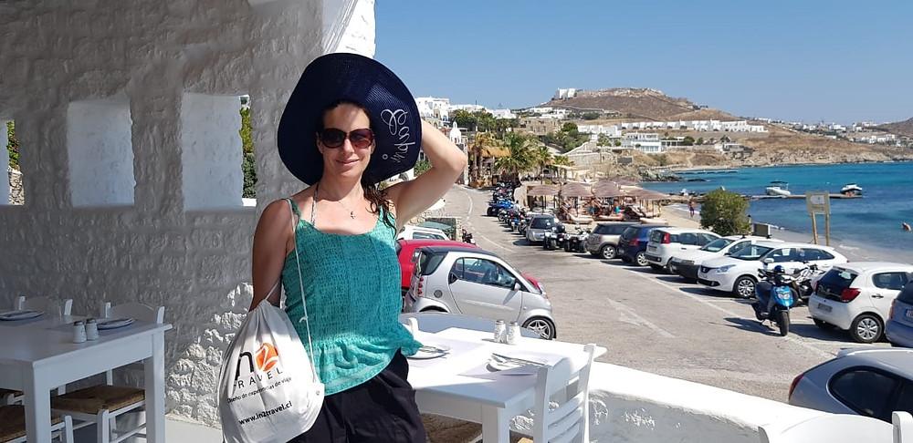 in2travel presente en la isla de Santorini