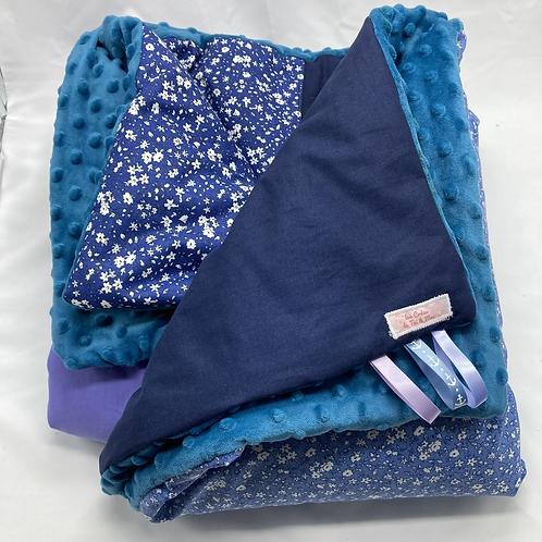 Couverture FLEURS BLEUES en tissu doux Minky et coton, env. 100x150cm