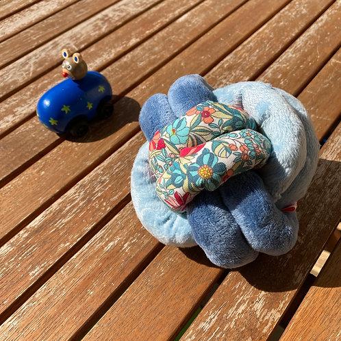 Balle de Préhension - NOEUD DOUBLE - FLORAL double bleu avec grelot