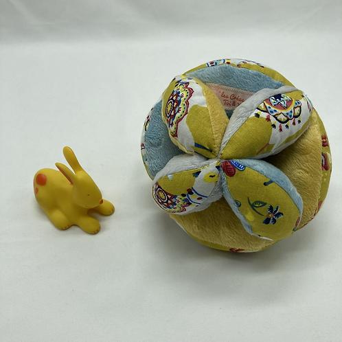 Balle de Préhension - MONTESSORI - BLEU JAUNE GRIS Lama Noël avec grelot