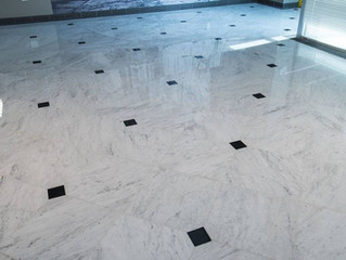 white Carrara marble never looked soo good!
