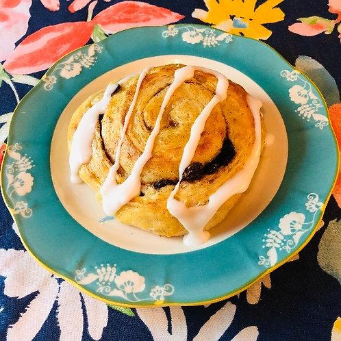 Kanel boller med rosiner/ Cinnamon rolls with raisins