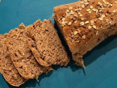 Spelt with Sunflower Seeds and Rolled Oats Bread