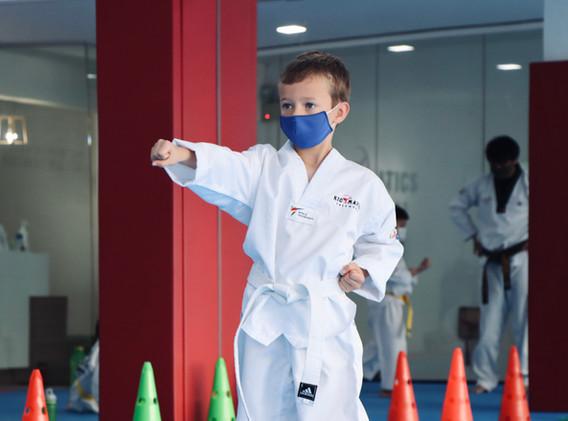 Kickmatics Taekwondo Tween Middle Punch Practice
