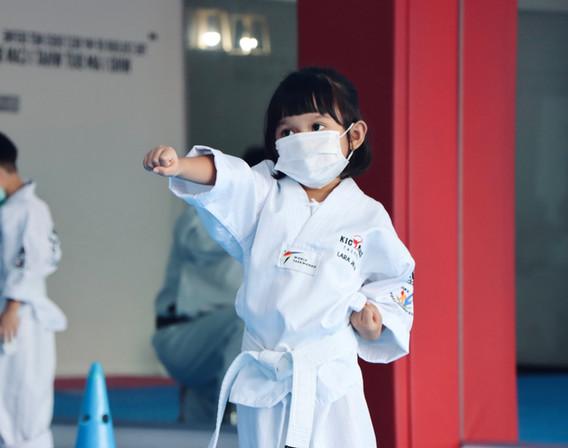 Kickmatics Taekwondo Practicing Middle Punch