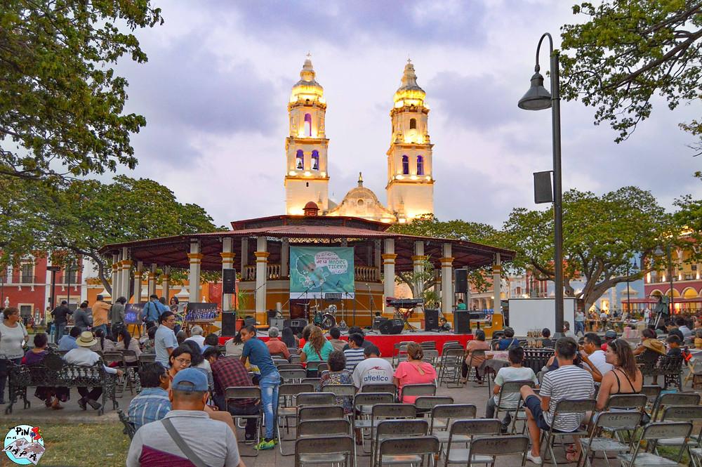 Plaza principal de Campeche | Un Pin en el Mapa