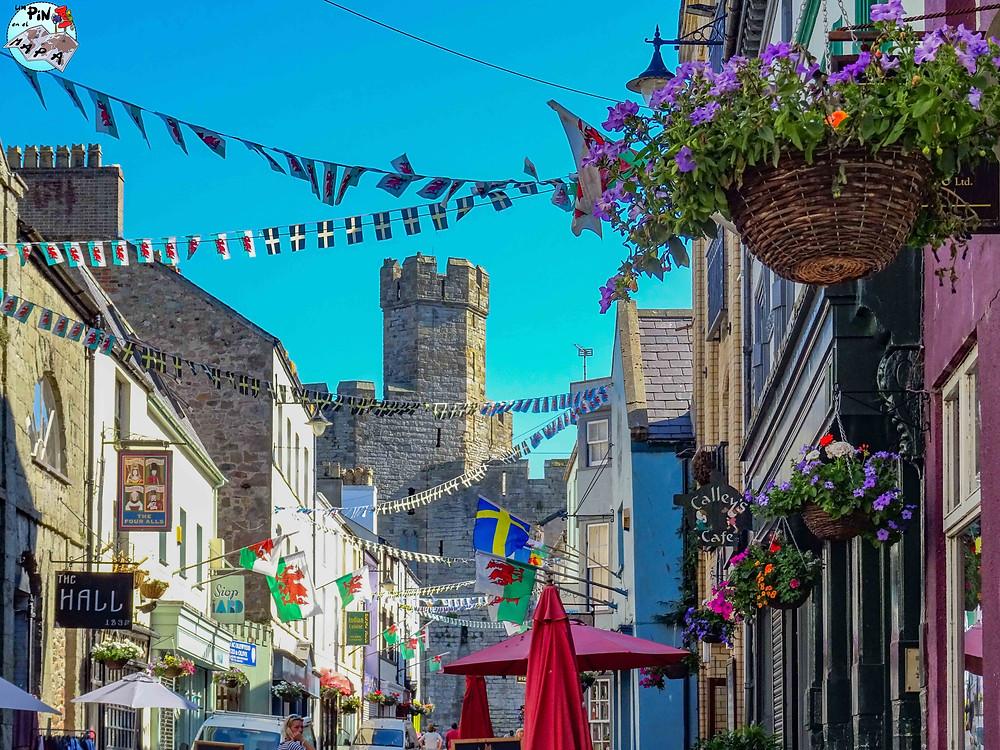 Pueblo de Caernarfon, Gales | Un Pin en el Mapa