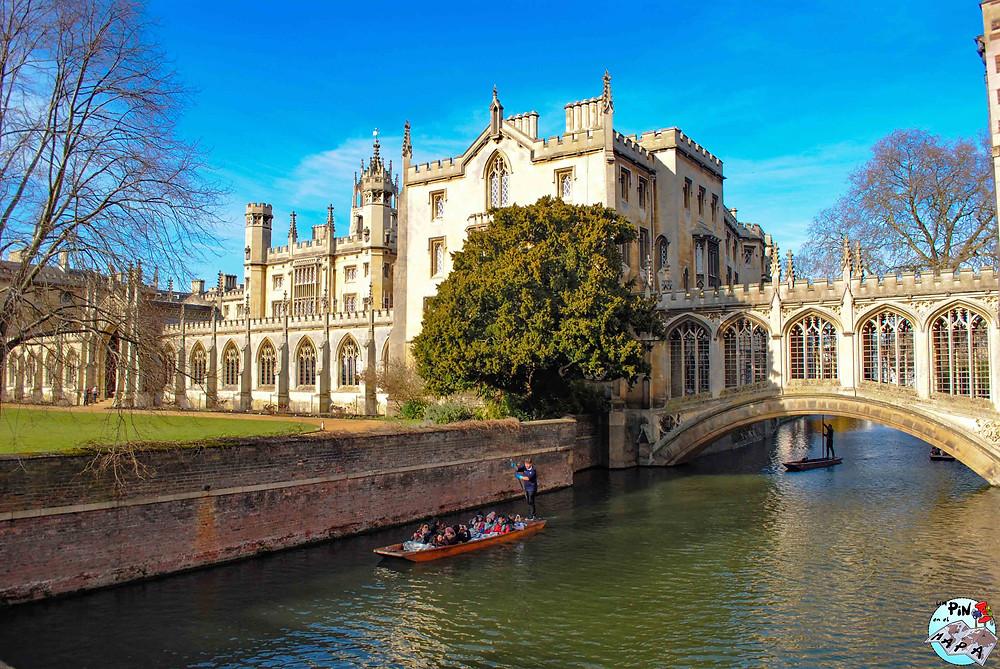 St John's College y el Puente de los Suspiros, Cambridge | Un Pin en el Mapa