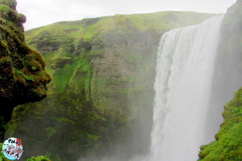 Cascada de Skogarfoss, Islandia | Un Pin en el Mapa