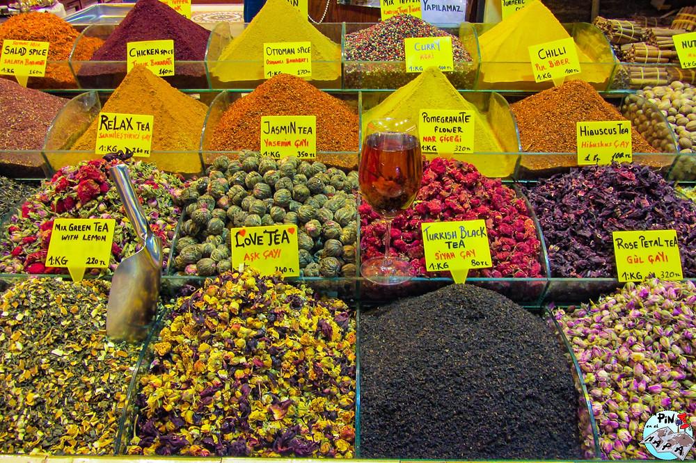 Bazar de las Especias, Estambul | Un Pin en el Mapa