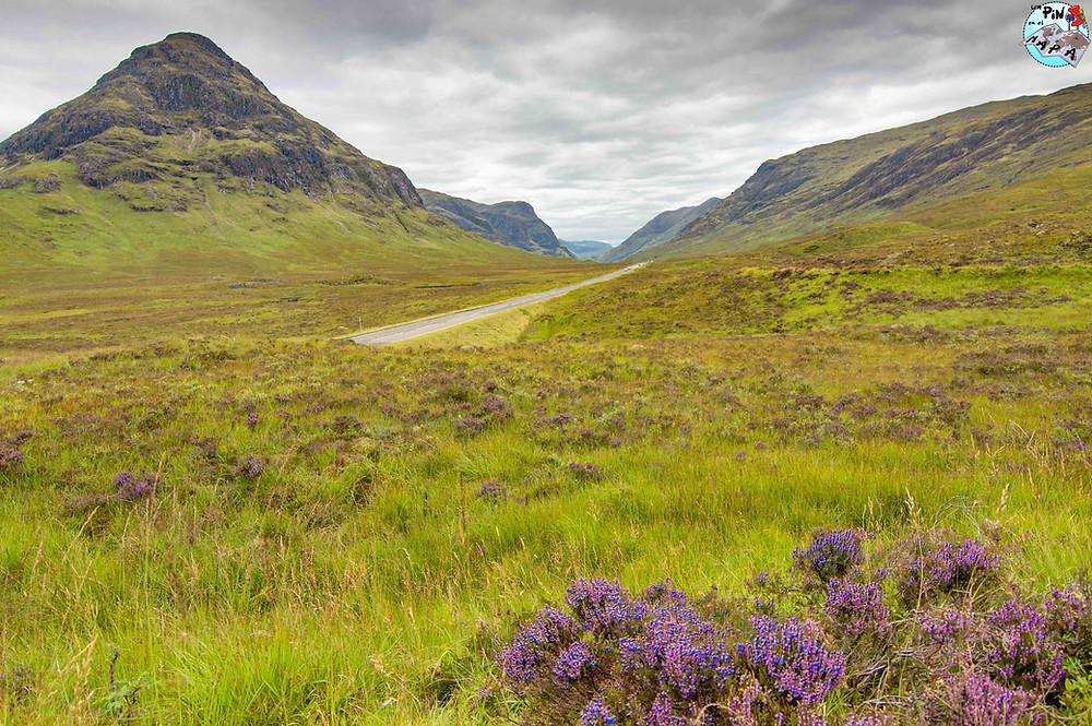 Carretera A82 pasando por el Glencoe, Escocia | Un Pin en el Mapa