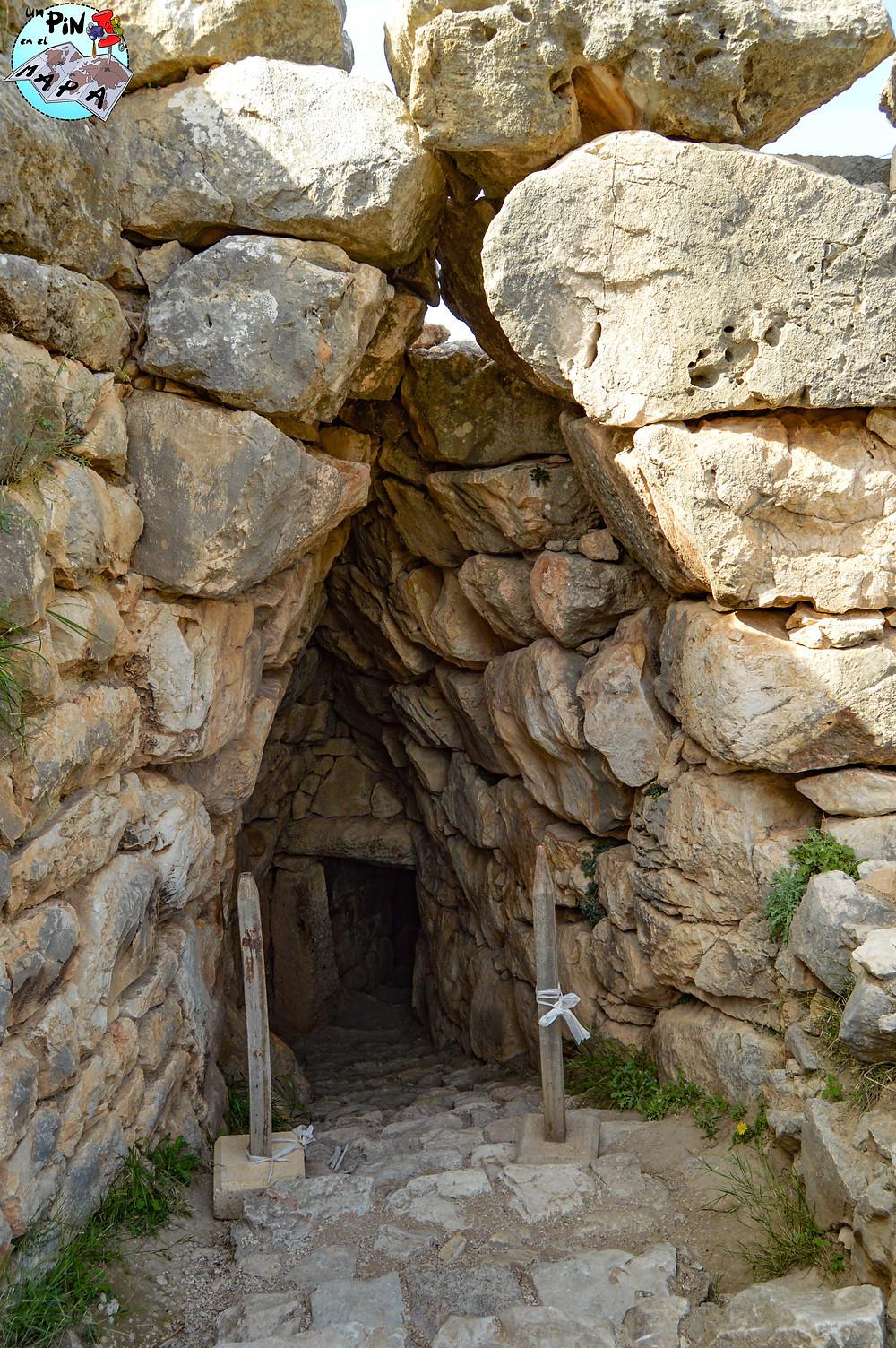 Cisterna subterránea de Micenas | Un Pin en el Mapa