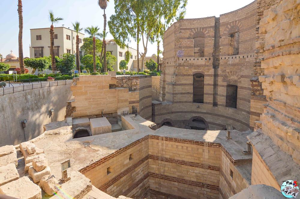 Torres Romanas en el Barrio Copto del Cairo | Un Pin en el Mapa