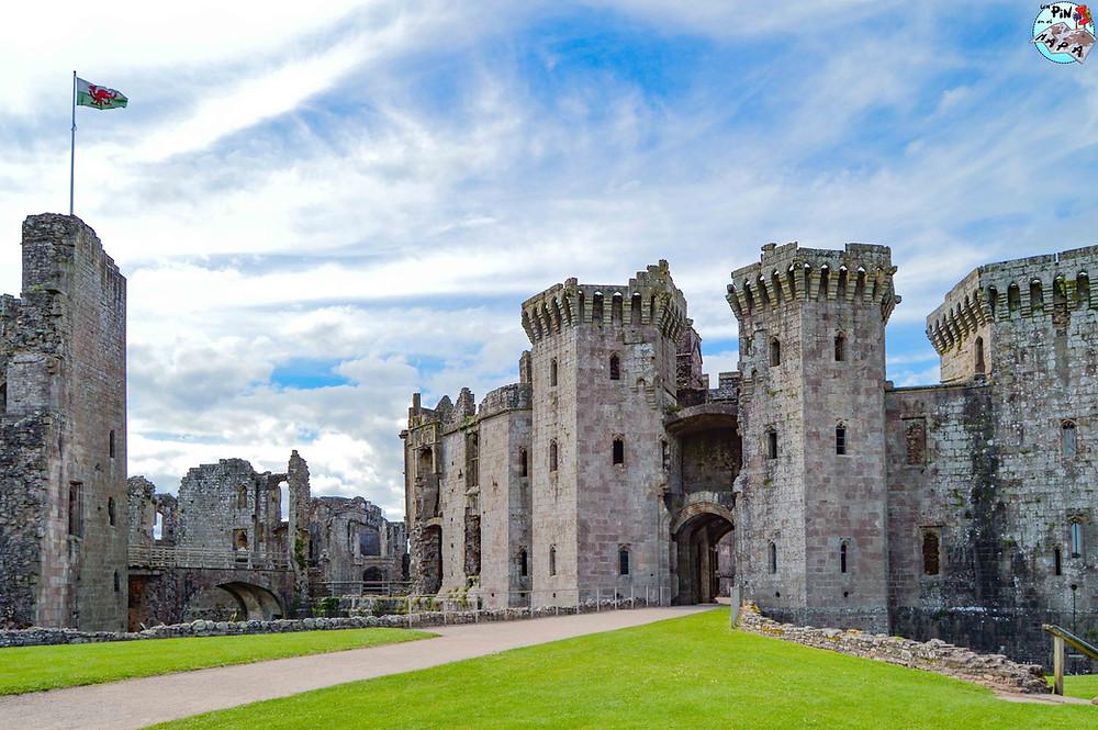 Raglan Castle, Gales | Un Pin en el Mapa