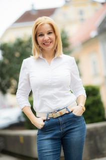 Clubobfrau gf.StPO Dr. Julia Löschnig