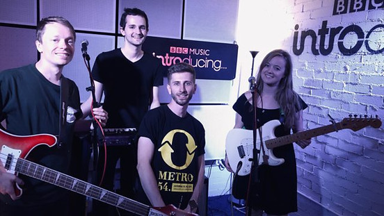 Polly Preacher live BBC Introducing Session