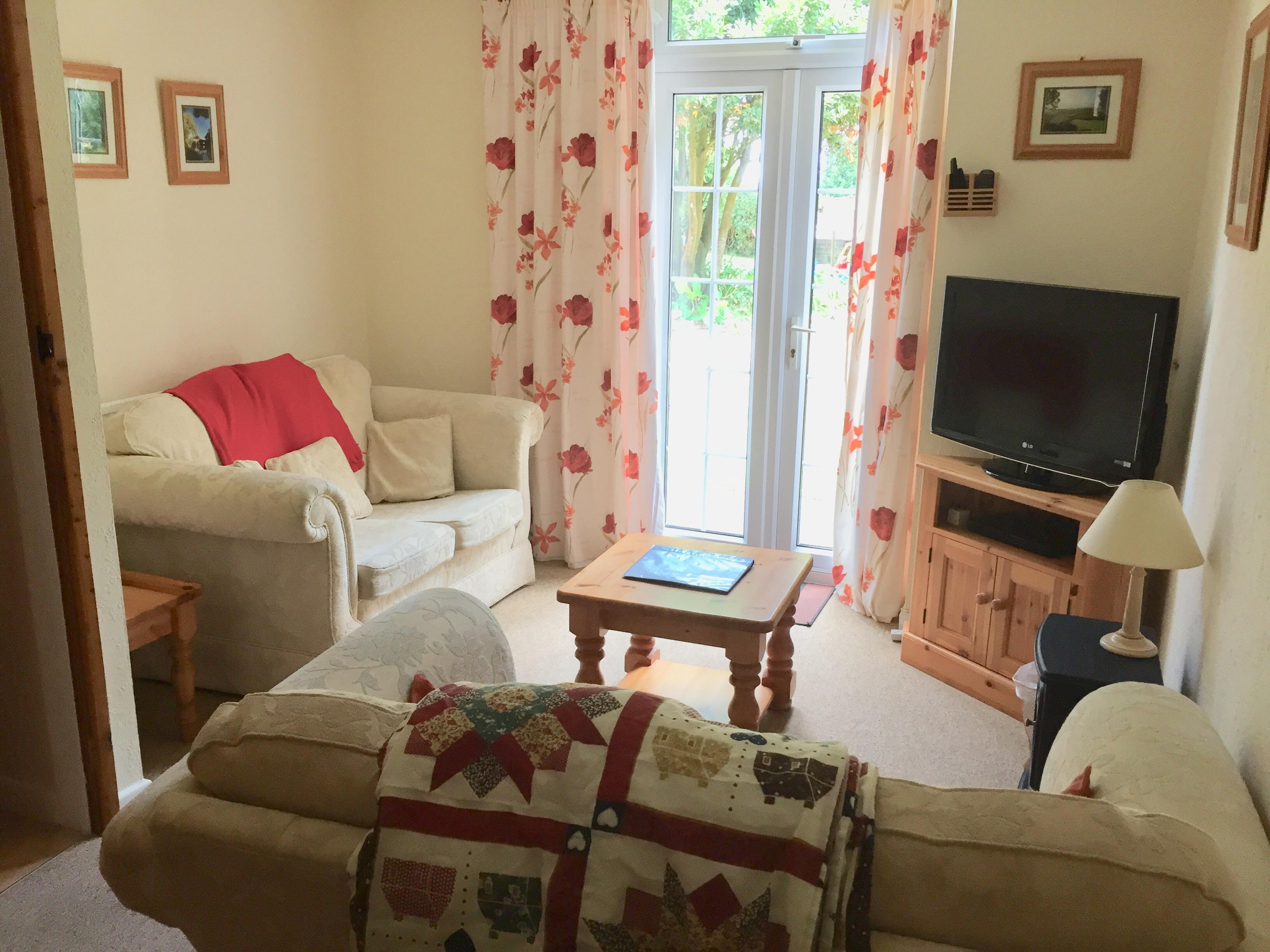 Lin Cottage's sitting room