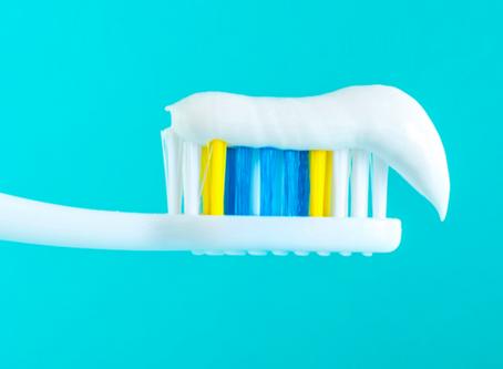 Poets jij nog tanden met tandpasta rijk aan fluor?