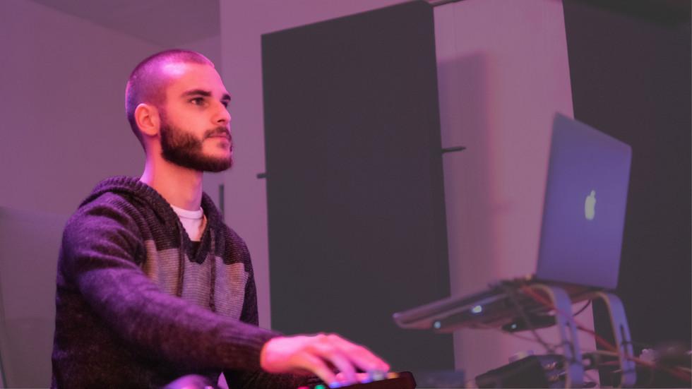 Gabriel Molina - Mixing and Mastering Engineer