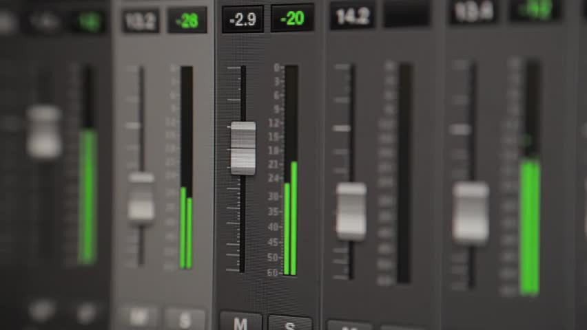 Volume faders and dBFS meters in Logic Pro X