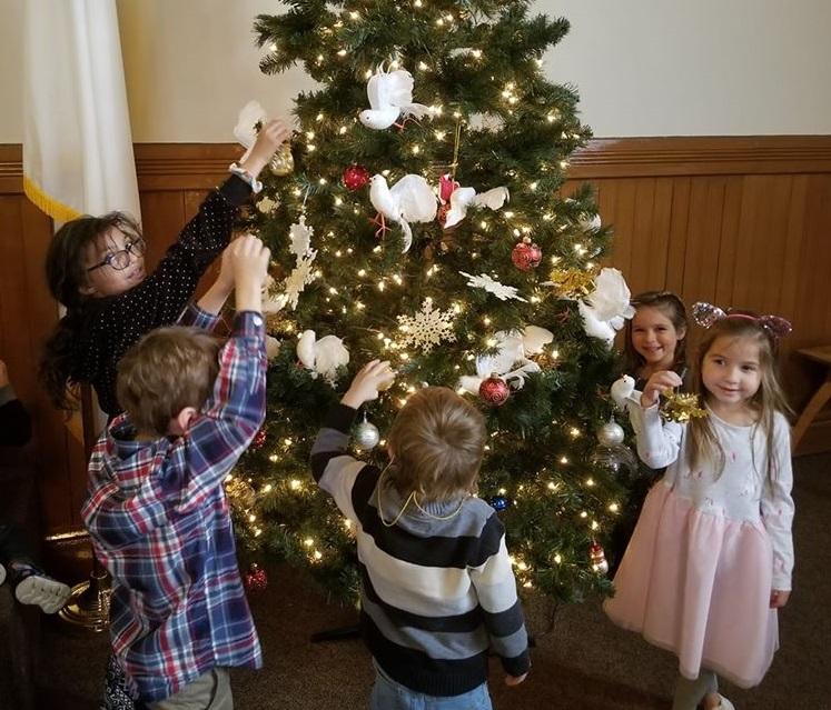 Christmas decorating 2019