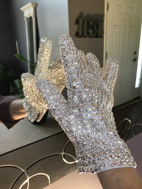 Victory Tour Glove