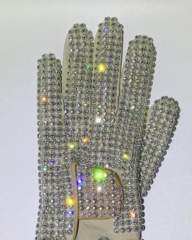 Motown 25 Glove Video