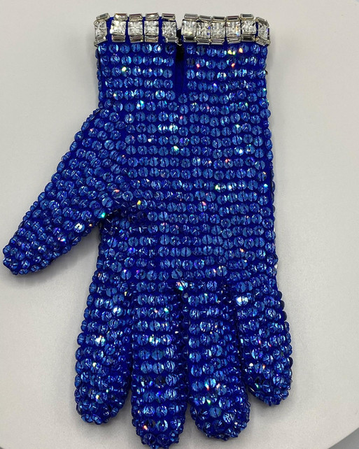 Fantasy Star Glove Back