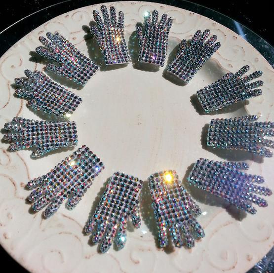 Mini Glove Pins