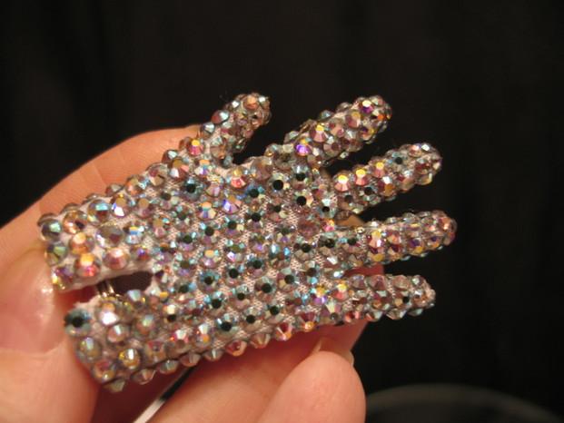 Mini Glove Back