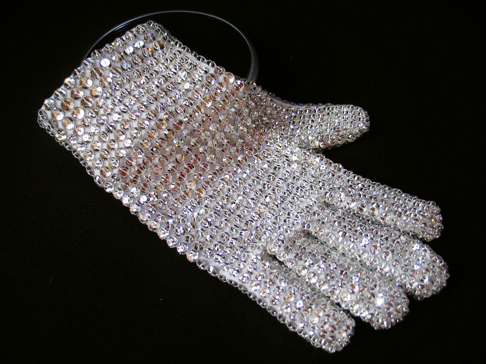 Victory Tour Glove Front